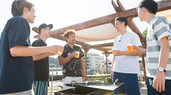 BBQ場・船上コンロ(有料)調理台完備(無料)