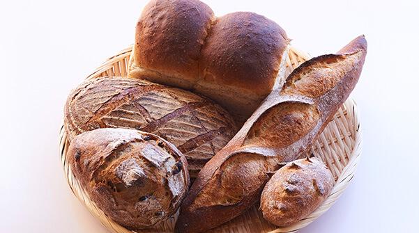 焼きたてパンが人気のわんコパン(施設2階)